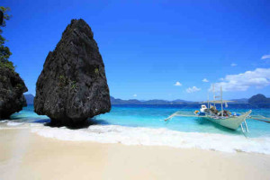 With So Many To Choose From And Little Time Skyscanner Has Picked Some Of The Prettiest Beaches For Action Relaxation Seclusion Palawan Was Put On